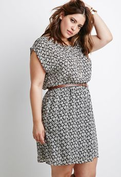Plus Size Belted Daisy Print Dress