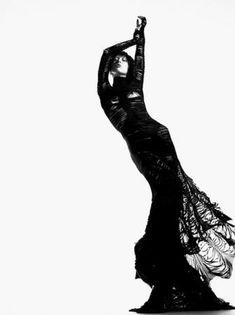 Raquel Zimmermann wearing Gareth Pugh, these shots are stunning in black and white x