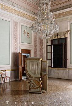 Trouvais -  Villa Pisani, one of Italy's most celebrated 18th c Palladian villas was built c. 1735-40 for the procurator of St. Marks in Venice