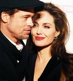 Brangelina has come to town. Hey Brad, that French cap actually suits you pretty well. C'est bon ca!