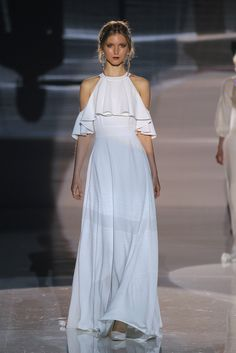 Jesús Peiró 2018 Collection Barcelona Bridal Fashion Week