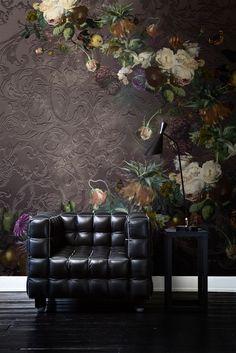 That wall is gorgeous! Fotobehang / Digital Wallpaper collection Dutch Masters by Katarina Stupavska - BN Wallcoverings