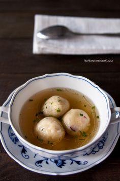 Dumplings in broth - Canederli in brodo - per non mangiare soli