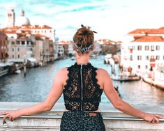 selective focus photography of woman holding gray metal handrail over body of water during daytime Lost in Venice Focus Photography, Photography Women, Couple Photography, Wildlife Photography, Portrait Photography, Look Casual, Casual Chic, Canon, Wear Store