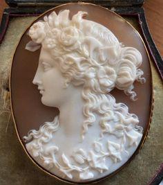 Rare Cameo of Goddess Flora in a Saulini Case