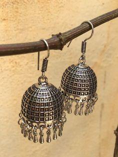 Metal Jewelry, Diy Jewelry, Antique Jewelry, Silver Jewelry, Gold Ornaments Design, Oxidised Jewellery, Jewelry Patterns, Indian Jewelry, Bangles