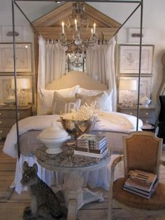 Linen and white-simple, crisp ( from Vintage Living)
