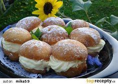 Koblihy s krémem recept - TopRecepty.cz Czech Recipes, Russian Recipes, Ethnic Recipes, Polish Recipes, Pavlova, Sweet Bread, Muffin, Food And Drink, Cooking