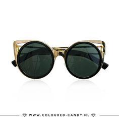CAT EYES // Heb jij deze statement zonnebril al online in de shop gespot?! 😻 ➳ https://www.coloured-candy.nl/zwarte-big-cat-eye-zonnebril/  #colouredcandy #jewelry #accessories #sieraden #fashion #trendy #love #beautiful #cat #style #fashionista #cute #cateye #statement #sunglasses #musthaves #beauty #girls #woman #shopping #online #shop #sale #black #gold #big
