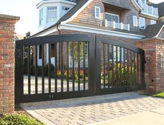 15 Welcome Simple Gate Design For Small House Deciding a gate design for small house often gets perplexing. Get some beautiful simple gate design ideas that would make your house look gracious. Wood Fence Design, Front Gate Design, House Gate Design, Front Gates, Front Yard Fence, Entrance Gates, Fence Gate, Low Fence, Modern Entrance