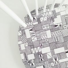 diy inspiration: update a chair with a hand-drawn pattern (Jessica Nielsen » chair for 101 woonideeën)