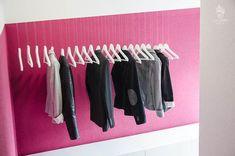 Schwebender Kleiderständer mit Silch – IKEA-Hack [DIY]