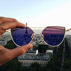 #Paris#newsunglassesVintagesuperStylish www.officineottichegroup.it