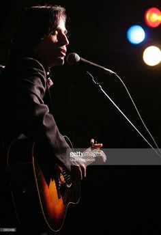 Jackson Browne performs at the Artemis Records post-Grammy party on February 8, 2004 in Santa Monica, California.