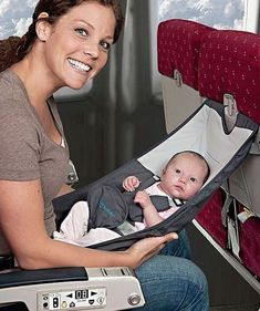 Who knew this existed! Flyebaby Airplane Baby Seat by Easy Travel. The Babys, Cool Baby, Baby Kind, Baby Couch, Baby Sounds, Baby Gadgets, Future Mom, After Baby, Traveling With Baby