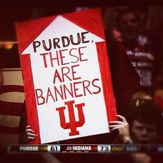 I totally want to make this for our behind the basket seats!!!