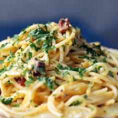 This take on traditional carbonara uses sliced chorizo, vodka, and Manchego cheese not just as an ingredient, but as a serving vessel too. Sausage Recipes, Pasta Recipes, Chicken Recipes, Dinner Recipes, Cooking Recipes, Healthy Recipes, Cooking Tips, Chorizo, Manchego Cheese Recipes