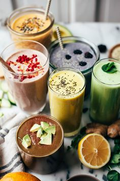 Smoothies aren't just liquid fruit and vegetables. When you boost your smoothies with hearty ingredients, they can keep you satisfied and energized for longer periods of time. Here are five smoothies (Ingredients Vegetables) Breakfast Smoothies, Healthy Breakfast Recipes, Healthy Smoothies, Healthy Drinks, Smoothie Recipes, Healthy Snacks, Healthy Recipes, Avocado Smoothie, Yogurt Smoothies