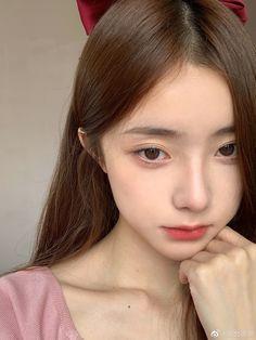 Korean Beauty Girls, Pretty Korean Girls, Cute Korean Girl, Cute Asian Girls, Asian Beauty, Ulzzang Girl Selca, Ulzzang Korean Girl, Blue Hair Aesthetic, Aesthetic Girl