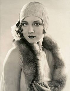 Leila Hyams' Dark Lips and Flower in Her Cloche - Authentic 1920s Style Inspiration - Photos