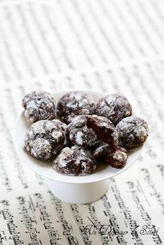 Biscuits craquelés au chocolat et fleur d'oranger