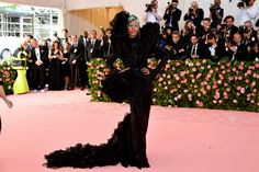 From Lady Gaga to Harry Styles, we've got you covered with every single Met Gala 2019 red carpet look. Florence Welch, Ashley Graham, Sienna Miller, Anna Wintour, Emily Ratajkowski, Christian Siriano, Zac Posen, Lady Gaga, Harry Styles