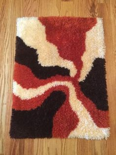Vintage-mid-century-modern-abstract-shag-latch-hook-wall-hanging-rug