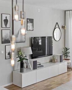7 Warm and Comfortable Living Room Designs - Focus wall design inspiration for . 7 Warm and Comfortable Living Room Designs - Focus wall design inspiration for small living rooms - Comfortable Living Rooms, Small Living Rooms, Home And Living, Tv Room Small, Small Spaces, Modern Living Room Decor, Modern Bedrooms, Small Bedrooms, Modern Room