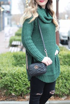 Cozy Oversized Sweater, Gucci Marmont Bag, fashion blogger Rachel Puccetti Between Two Coasts