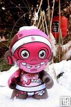 Totem Mega Munny by FAKIR & Grapheart