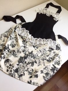 Black sexy apron lace apron by rengarenk on Etsy