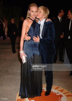 Portia de Rossi and Ellen Degeneres during 2007 Vanity Fair Oscar Party Hosted by Graydon Carter - Arrivals at Mortons in West Hollywood, California, United States. Ellen Degeneres Wedding, Ellen Degeneres And Portia, Ellen And Portia, Portia De Rossi, Lesbian Wedding, Lesbian Love, Hollywood California, West Hollywood, Graydon Carter