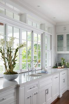 Hampton Style Homes | Popular Hamptons Interiors | Wall Wainscoting