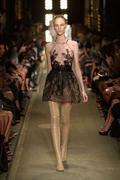 Alex Perry Fall 2013 Ready-to-Wear Collection Photos - Vogue