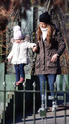 EXC - Princess Madeleine of Sweden takes her kids to the park in London