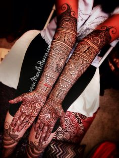 Bridal Mehendi - So intricate and beautiful