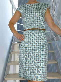 Blog naaien Sewing Hacks, Sewing Projects, Sewing Paterns, Diy Fashion, Fashion Styles, Sewing Clothes, Beautiful Dresses, Free Pattern, Two Piece Skirt Set