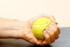 10 Tennis Elbow Exercises to Regain Your Championship Serve – Enerskin Tennis Elbow Stretches, Tennis Elbow Relief, Tennis Arm, Tennis Tips, Forearm Workout At Home, Eccentric Exercise, Forearm Muscles, Elbow Pain, Tennis Elbow