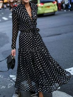 Street Style Inspiration Shop Maxi Dresses - Women Black Plus Size Vintage Bohemia Vacation Maxi Dress online. Discover unique designers fashion at Mo. Polka Dot Maxi Dresses, Black Polka Dot Dress, Maxi Robes, Vacation Dresses, Mode Inspiration, Fashion Inspiration, Latest Fashion For Women, Womens Fashion, Ladies Fashion