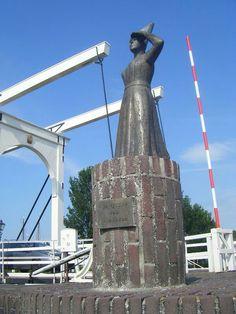 - Vrouwtje van Stavoren,  a Dutch legend, Stavoren, Hanzestad aan de vroegere Zuiderzee ( nu IJSSELMEER ) Netherlands