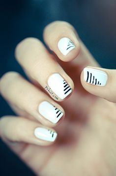 Monochromatic Nails - bold white nails with thin black stripe pattern