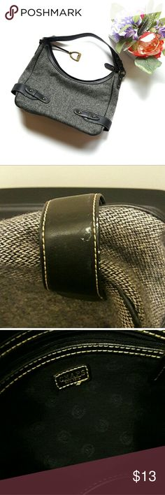 Chaps ⏺️ gray woven purse Such a cute purse by Ralph Lauren Chaps. It is gray and black in color. Measurements provided in pics above. Only flaw is shown in pic above. It is a small white stain on the side of the purse. Not noticeable. From a smoke and pet free home. I ship fast! Office - Vacation - Wedding - Fun - Dress up - date night - cruise - spring - summer *IF YOU LIKE MY ITEMS, please FOLLOW ME to see NEW ARRIVALS that are added weekly! * Chaps Bags