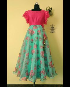 Sea green with pink this time! 💞 To order, WhatsApp us on 7411864687 Long Dress Design, Girls Frock Design, Kids Frocks Design, Baby Frocks Designs, Long Frocks For Kids, Frocks For Girls, Girls Dresses, Designer Anarkali Dresses, Designer Party Wear Dresses