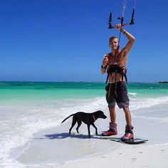 It's a ruff life for #DoraTheBeachPup she loves the beach but hates that she can't come kiting! #KiteBoarding #BasixsLife #TonaLife #TonaPopLtd