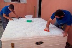How to Clean Bed Box Encardida-Homemade Recipe to Clean Diy Cleaning Products, Cleaning Hacks, How To Clean Bed, Cama Box, Home Hacks, Home Organization, Housekeeping, Clean House, Good To Know