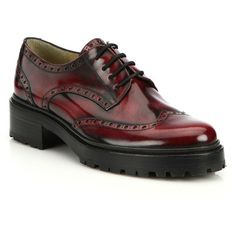Michael Kors Collection Irwin Leather Wingtip Brogues (€680) ❤ liked on Polyvore featuring shoes, oxfords, flats, apparel & accessories, bordeaux, lace up oxfords, michael kors flats, leather flats, lace up shoes and oxford shoes