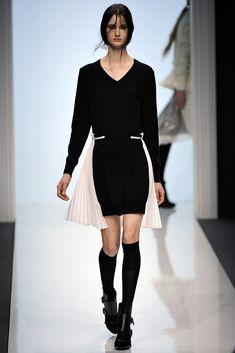 Sacai Fall 2012 Ready-to-Wear Fashion Show - Mackenzie Drazan