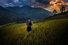 People in Mu Cang Chai by Ratnakorn Piyasirisorost on 500px