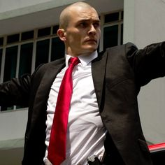 Pin for Later: Rupert Friend Is Both Hot and Terrifying in the Hitman: Agent 47 Trailer