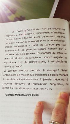Extrait du génialissime A tire-d'Elles, Clément Minosze Personalized Items, Knowledge, Livres